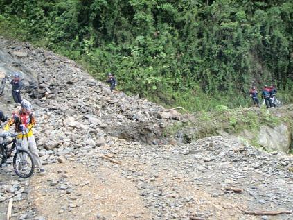 A damaged death road