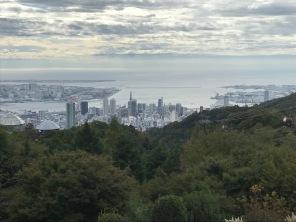 Kobe and sea